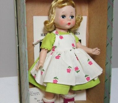 Wendy Dressed for a Summer Morning #424 Mint in Box with w/Tag and Booklet!!!