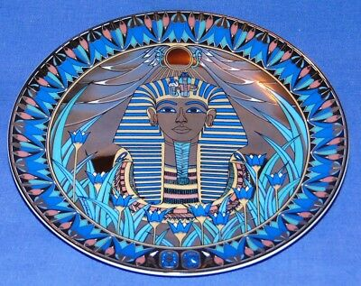 """Royal Worcester Legends Of The Nile """"the Golden Mask Of Tutankhamun"""" Plate Boxed"""