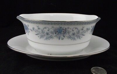 Contemporary Noritake Blue Hill Gravy Boat With Attached Underplate