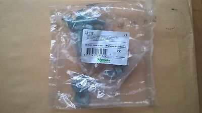 Schneider Replacement Set of Nuts/Bolts/Washers for 3 Pole  NS630B - NS1600 MCCB