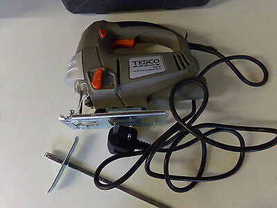 Used Boxed,  Heavy Duty Pendulum Jig Saw Kit. From Tesco # Cc750Js. Excellent.