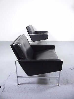 a pair of (2) KILL International FK6722 lounge chairs design Fabricius&Kastholm