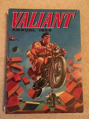 Valiant Annual 1966 - Unclipped, Very Good Condition