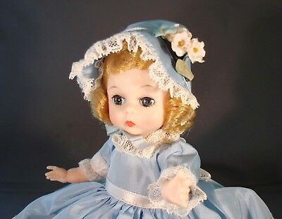 SOUTHERN BELLE BY MADAME ALEXANCER 1964 - MINT IN BOX PERFECTION! 1 year