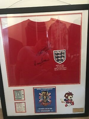 1966 England World Cup Final signed framed shirt Geoff Hurst and Martin Peters