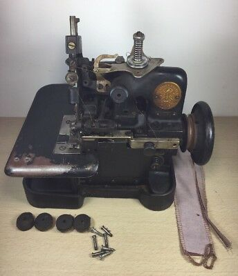 Singer 81-72 sewing machine War Era Gold Seal Antique Industrial 1941