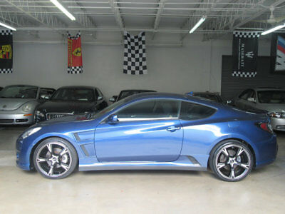 2011 Hyundai Genesis Coupe $7,700 includes FREE SHIPPING 44k miles stick shift manual coupe stunning car