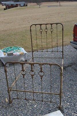 Fancy Antique Cast/Rod Iron Bed  -single