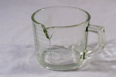Vintage Aust. Pressed Glass 8 Oz Measuring Jug Stearns Essvilla Giveaway 1927