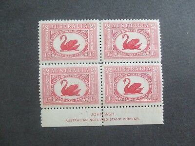 Pre decimal Stamps: 1.5d Swan Block of 4 Mint    (r183)