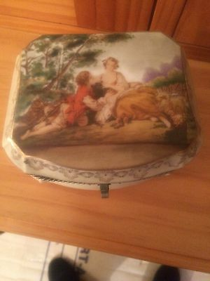 Antique Floral Jewellery Box Ceto Ceramics