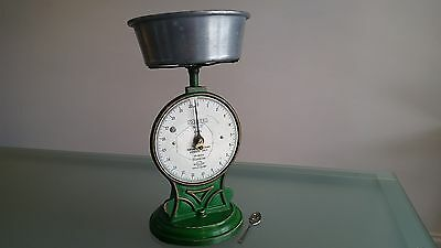 """VINTAGE SALTERS SCALES No 50T , 20IB. """" FOR USE BY ITINERANT VENDORS  """" (c1900)"""