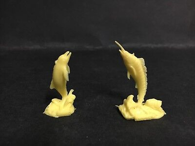 Cereal Toy 1963 Rivals Of The Deep From Weeties Marlin & Porpoise, Light Yellow