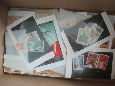 ESTATE: World in box - unchecked unsorted Serious value Must See / Have   (6096)