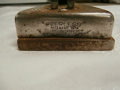 "Antique Electric Iron ""PEERLESS"" PATENTED 1916 CAT No 13302  5 AMPS 115 VOLTS"