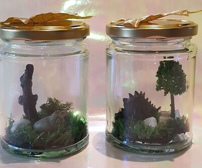 """""""JAR"""" assic Park Freshly Caught Dinosaurs In A Jar with LED night light"""