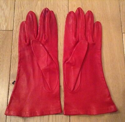 Vintage Scarlet Red Soft Leather Gloves Size 7.5 Small Made In England