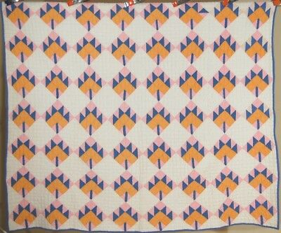 BEAUTIFUL Vintage 30's Maple Leaf Antique Quilt ~GREAT COLORS & LUSH QUILTING!