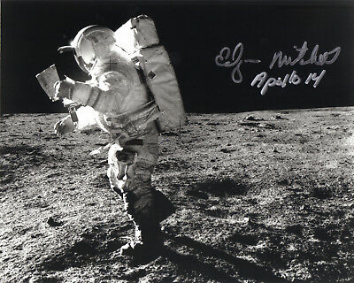 Ed Mitchell NASA Apollo astronaut signed autographed photo IN PERSON