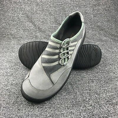 Womens Size 9 Clarks Gray Suede Slip On Flats