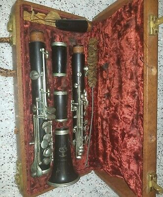 Antique Clarinet Unknown brand posbly buffet serial number 1001 Key of a