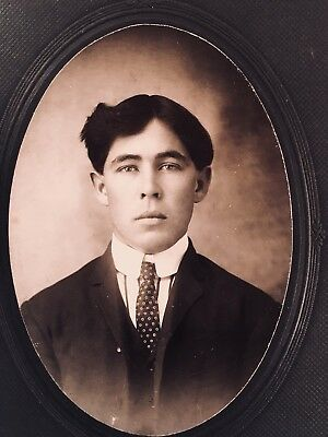 1910's ANTIQUE Cabinet Card Photo HANDSOME 20 Yr Old Young MAN Victorian