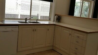 Complete Timber Kitchen with Westinghouse Appliances
