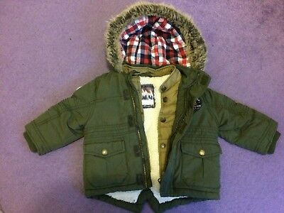 Boys green winter hooded coat 12-18mths