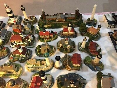 Harbour Lights Collection, 32 total lighthouses, no boxes/certs, 12 signed
