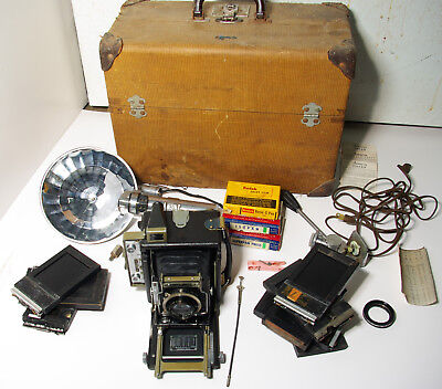 Graflex 2x3 speed graphic press camera and case and extras
