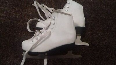 No Fear Girls Figure Ice Skates UK Size-4 Only worn twice great condition