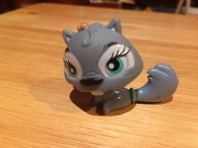 PET SHOP SQUIREL FIGURINE. Shipping Is For 10