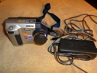 Sony Mvc-Fd92 1.6 Mega Pixel Disk Or Memory Stick Camera, Battery And Power Adap