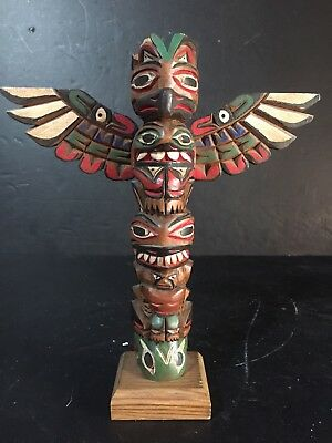 Nice Vintage North West Coast Totem Pole Carving By Stacey Raub Pacific carving