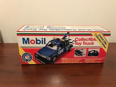Brand New 1995 MOBILE Gasoline Collectible Toy Truck in Original Box