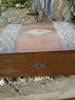 small wooden box vintage