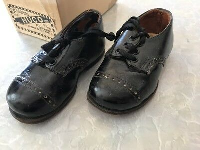 Amazing Vintage Antique Handmade Leather Black Brogue Laceup Childrens Shoes 3