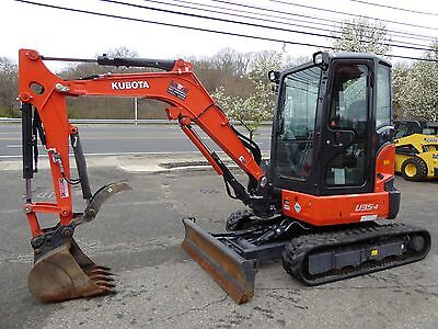 2015 Kubota U35-4 Excavator With 4 Way Blade And Thumb (147 Hours)