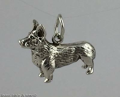 Finest Quality Sterling Silver Pembroke Welsh Corgi Dog Charm ORB Bade Rebajes