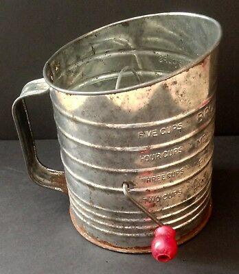 Vintage Bromwell's Large 5 cup Measuring Sifter!
