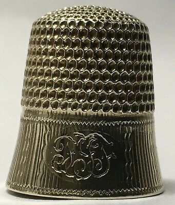 Beautiful 14K Gold Thimble with Bell Shaped Reeded Band by Goldsmith, Stern & Co