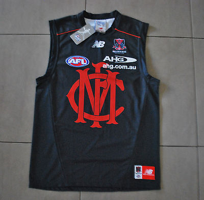New With Tags New Balance Mens Melbourne Dees AFL Training Guernsey-Size Medium