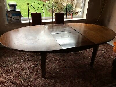 Dining Table (Mahogany) extending - seats up to 8