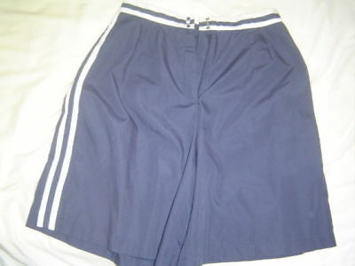 Vintage 1970's Women's Knee Length Bermuda Shorts in Excellent Condition!