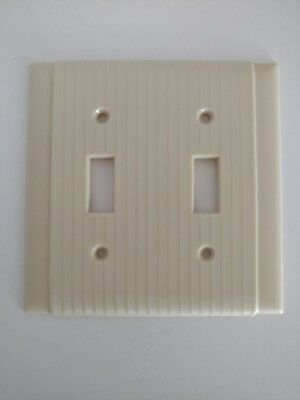 Vintage Uniline Bakelite Ribbed DOUBLE Light Plate Wall Cover Ivory