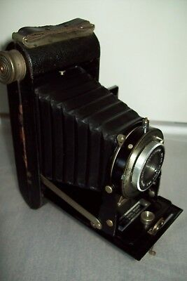 Kodak Six - 20 Brownie folding camera Made in Great Britain