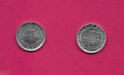 San Marino Rep 1 Lira 1977 Unc Ostrich Featheres & Towers Within Circle,globe In