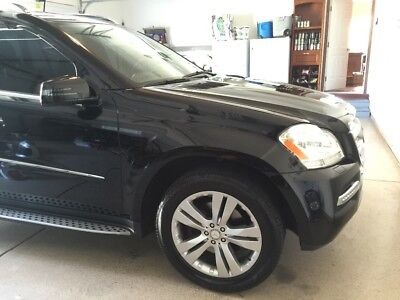 2011 Mercedes-Benz GL-Class GL450 2011 Mercedes Benz GL450 - BLACK ON BLACK - GREAT CONDITION - SO MANY EXTRAS!!!!