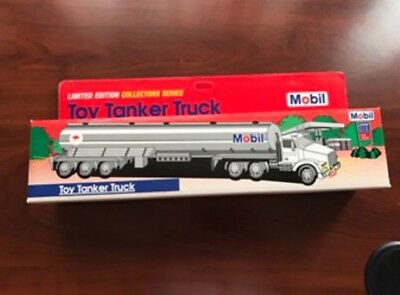 Brand New Limited Edition 1993 MOBIL Gasoline Toy Tanker Truck in Original Box
