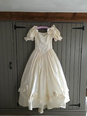 wedding dress size 12, Ivory Silk, Traditional Vintage, perfect condition